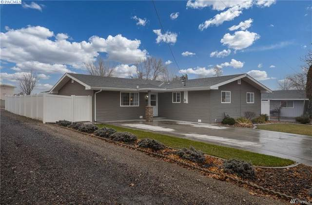 241 S 10th Ave, Othello, WA 99344 (MLS #250619) :: Tri-Cities Life