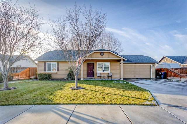 6202 Washougal Lane, Pasco, WA 99301 (MLS #250798) :: Dallas Green Team