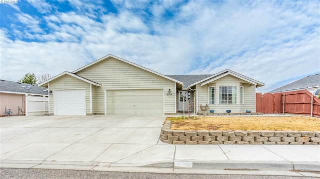 8303 Lummi Dr, Pasco, WA 99301 (MLS #250881) :: Dallas Green Team