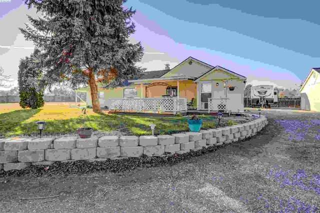 208606 E Cochran, Kennewick, WA 99337 (MLS #251029) :: Matson Real Estate Co.