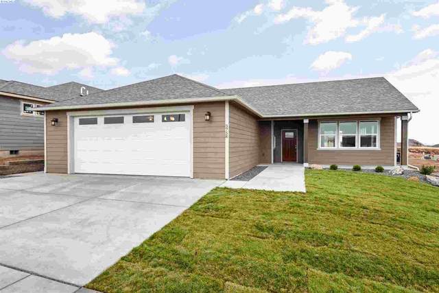 3724 S Taft Place, Kennewick, WA 99338 (MLS #251130) :: Premier Solutions Realty