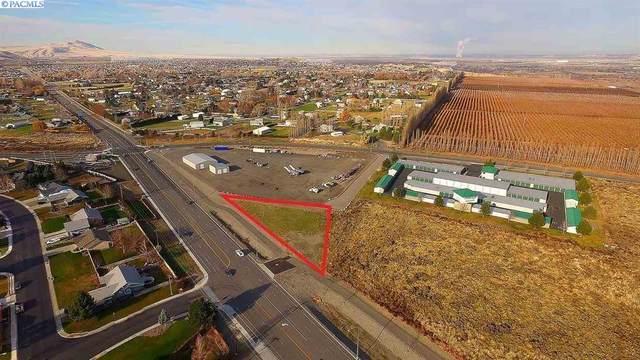 4070 Keene Road, Richland, WA 99352 (MLS #251794) :: Dallas Green Team
