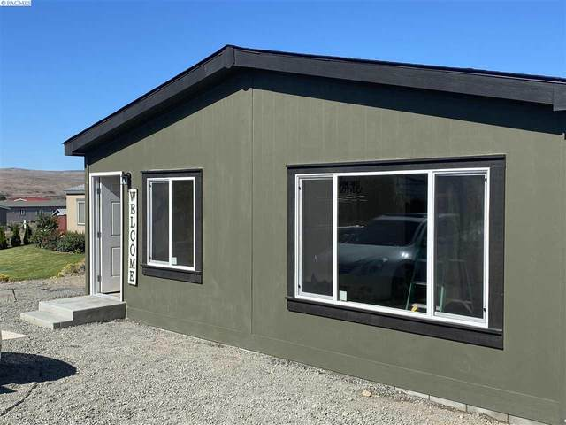 401 S Sycamore Ave, Pasco, WA 99301 (MLS #252016) :: Columbia Basin Home Group