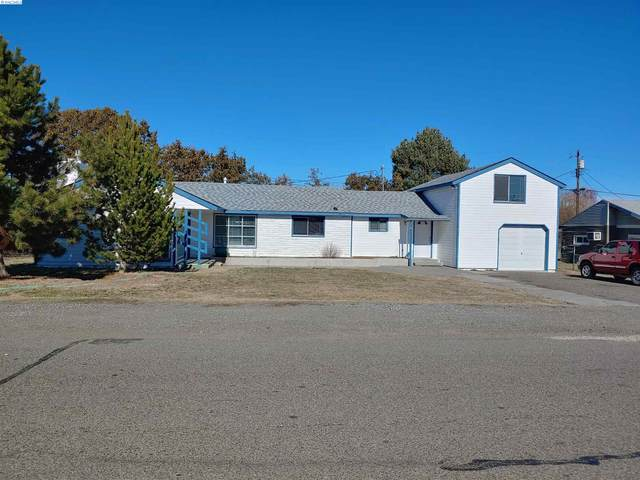 303 E 8th Ave, Kennewick, WA 99336 (MLS #252023) :: The Phipps Team