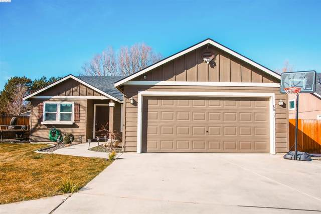 5911 W 4th Place, Kennewick, WA 99336 (MLS #252032) :: The Phipps Team