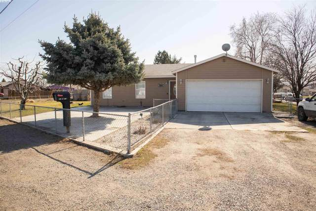 800 E 8th Ave, Kennewick, WA 99336 (MLS #252085) :: The Phipps Team