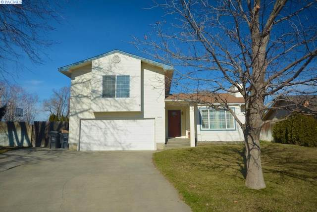 8406 W Falls Pl, Kennewick, WA 99336 (MLS #252108) :: Dallas Green Team