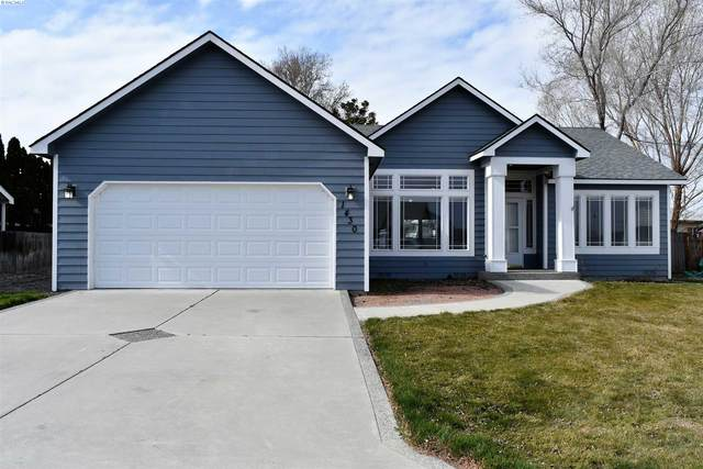 1430 W 24th Loop, Kennewick, WA 99337 (MLS #252116) :: Dallas Green Team