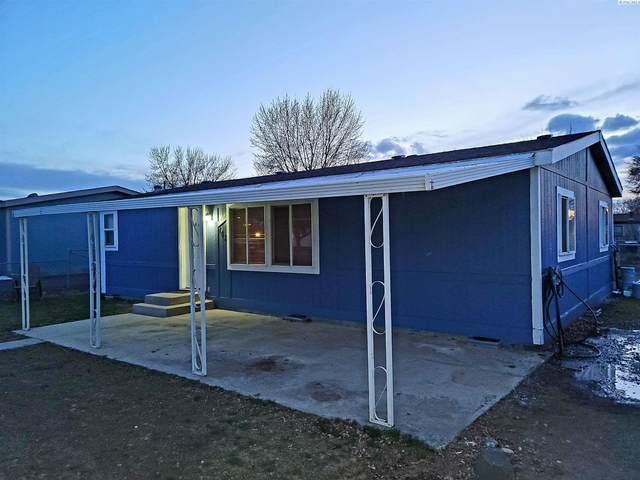 743 S Fourth Ave, Connell, WA 99326 (MLS #252702) :: Dallas Green Team