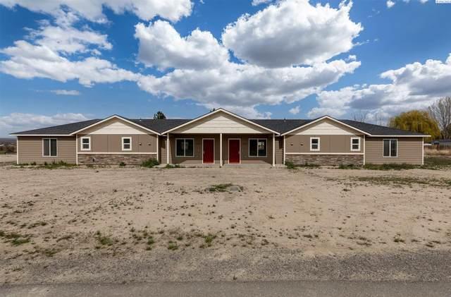 3818 W Sandy Ln, Benton City, WA 99320 (MLS #252832) :: Shane Family Realty