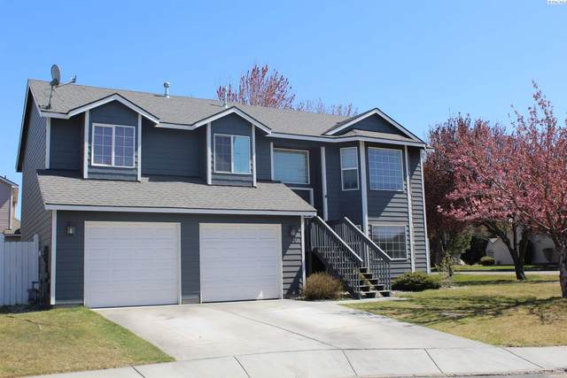 2630 Dornoch Place, Richland, WA 99354 (MLS #252940) :: Shane Family Realty
