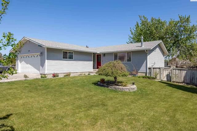 2301 W 26th, Kennewick, WA 99338 (MLS #253160) :: Story Real Estate
