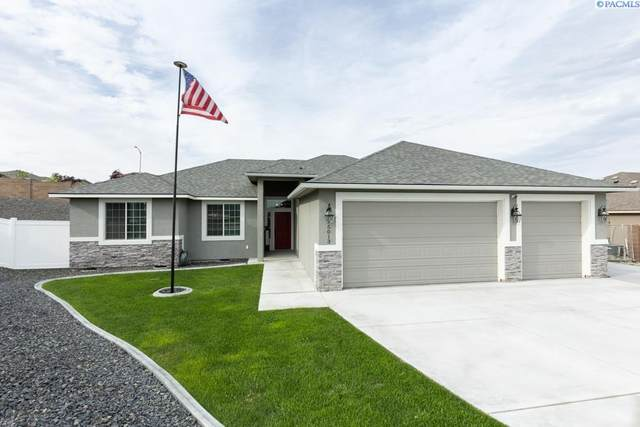 5013 Pinehurst Dr, Pasco, WA 99301 (MLS #253514) :: Dallas Green Team