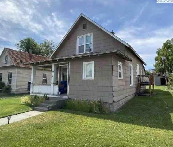 13 W 3rd Avenue, Kennewick, WA 99336 (MLS #253537) :: Shane Family Realty