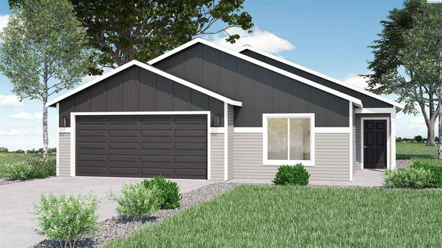 1432 13th Street, Benton City, WA 99320 (MLS #253538) :: Dallas Green Team