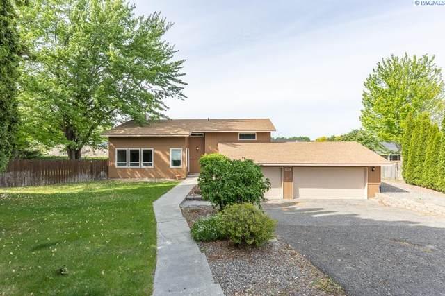 3902 S Underwood Pl, Kennewick, WA 99337 (MLS #253561) :: Columbia Basin Home Group