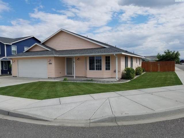 7808 Bonilla Dr, Pasco, WA 99352 (MLS #253596) :: Tri-Cities Life