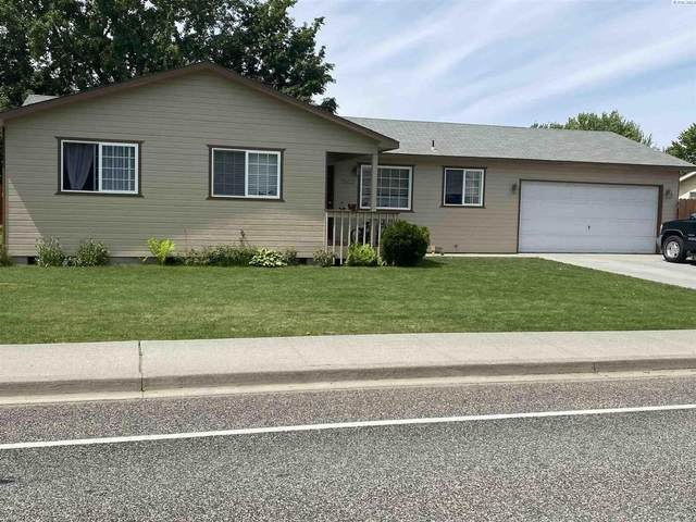 2902 S Vancouver St, Kennewick, WA 99337 (MLS #253706) :: Results Realty Group