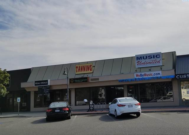 1364 Jadwin, Richland, WA 99354 (MLS #253752) :: Dallas Green Team