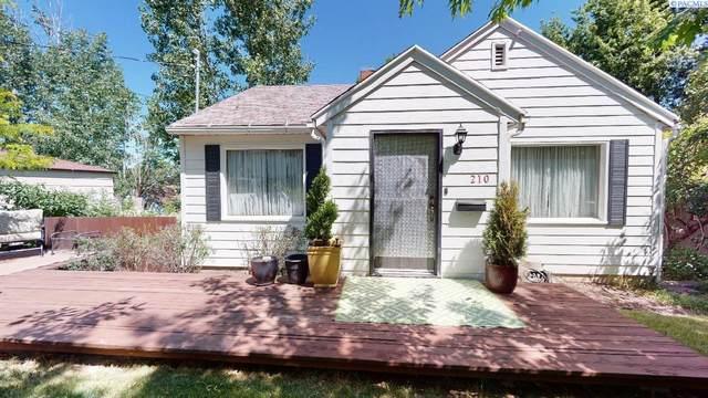210 SE Mckenzie St, Pullman, WA 99163 (MLS #254522) :: Cramer Real Estate Group