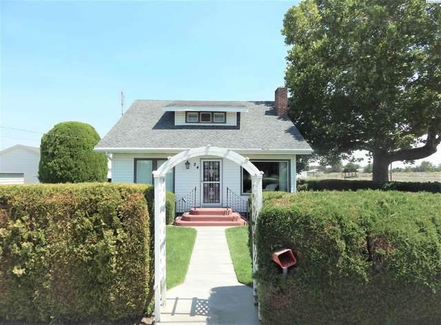 24 3rd Ave, Burbank, WA 99323 (MLS #255121) :: Columbia Basin Home Group
