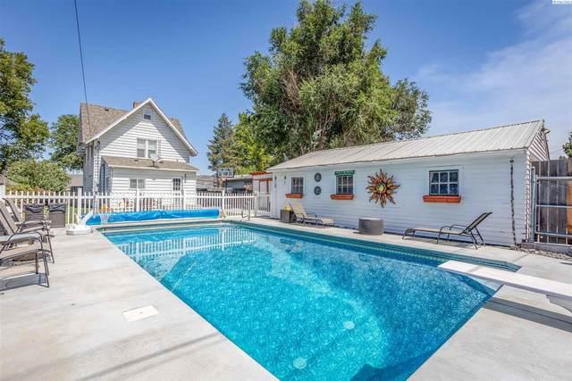 15 W 2nd Ave, Kennewick, WA 99336 (MLS #255167) :: Shane Family Realty