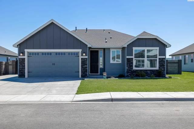 8323 Ballard Loop, West Richland, WA 99353 (MLS #255200) :: Shane Family Realty