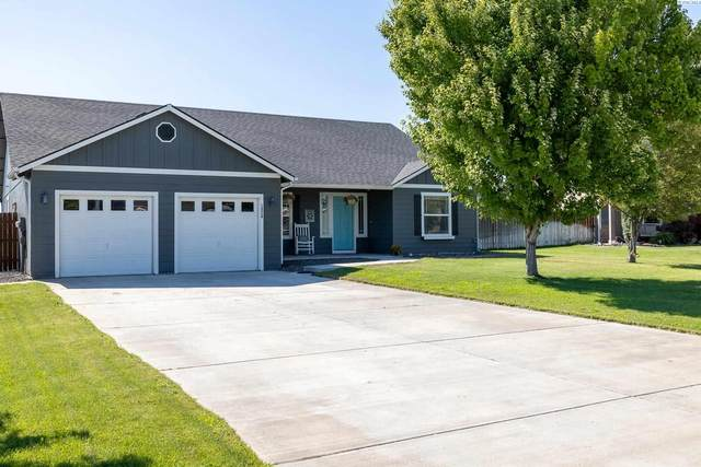 1824 Crab Apple Cir, West Richland, WA 99353 (MLS #255281) :: Cramer Real Estate Group