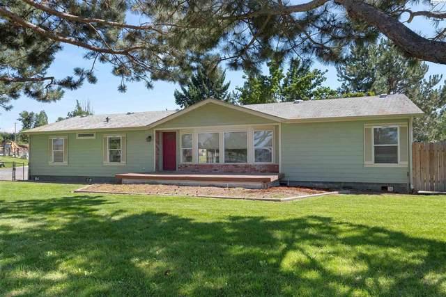 580 Paradise Dr, Burbank, WA 99323 (MLS #255351) :: Cramer Real Estate Group