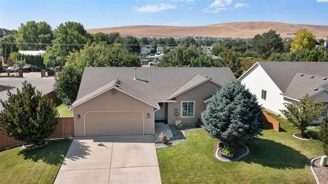 1705 W 35th Ave, Kennewick, WA 99337 (MLS #255410) :: Columbia Basin Home Group