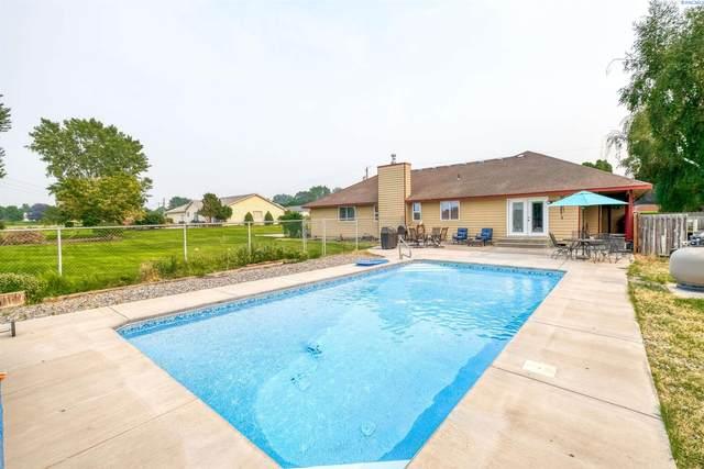 3910 Southlake Dr, West Richland, WA 99353 (MLS #255513) :: Columbia Basin Home Group