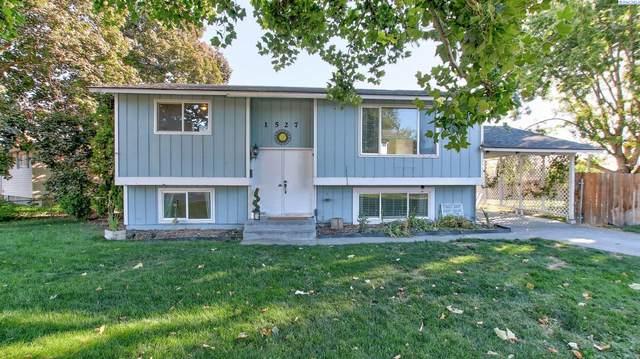 1527 N 15th Ave, Pasco, WA 99301 (MLS #256596) :: Beasley Realty