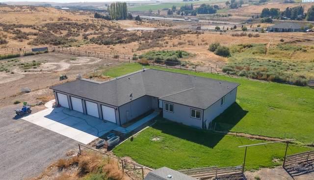 690 Blanton Rd, Eltopia, WA 99330 (MLS #256603) :: Premier Solutions Realty
