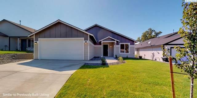1251 Lucy Avenue, Benton City, WA 99320 (MLS #256633) :: Premier Solutions Realty