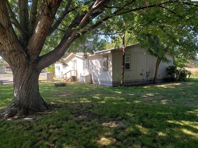 240 E 23rd Ave, Kennewick, WA 99337 (MLS #256646) :: Story Real Estate