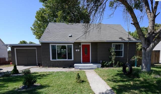 802 S Everett St, Kennewick, WA 99336 (MLS #256712) :: Dallas Green Team