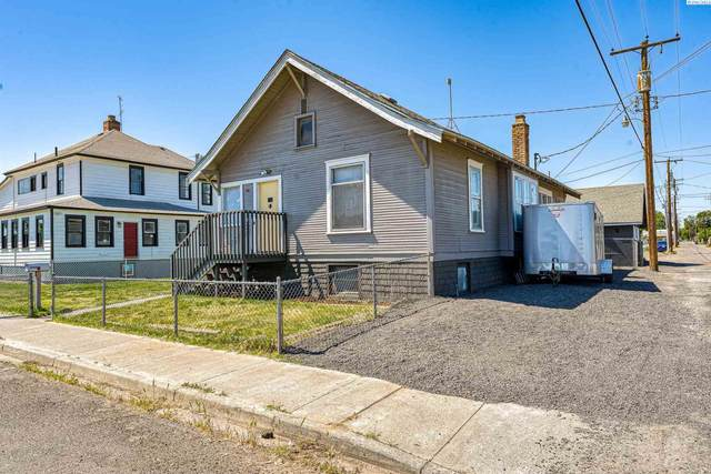 310 N 2nd Ave, Pasco, WA 99301 (MLS #256737) :: Premier Solutions Realty