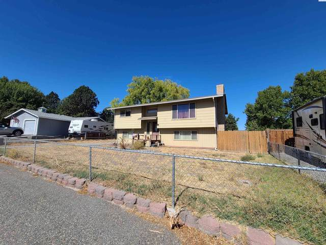 3318 W 24th Ave, Kennewick, WA 99336 (MLS #256786) :: Community Real Estate Group