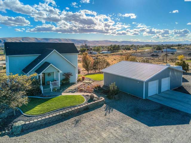 128124 W Heck Rd, Prosser, WA 99350 (MLS #257101) :: Results Realty Group