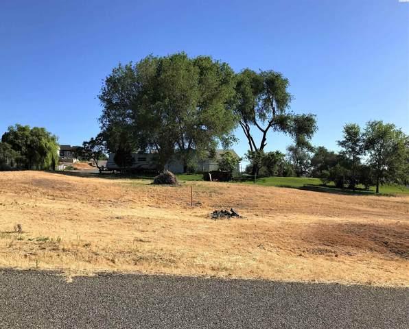 36 5th Street, Eltopia, WA 99330 (MLS #257296) :: Columbia Basin Home Group