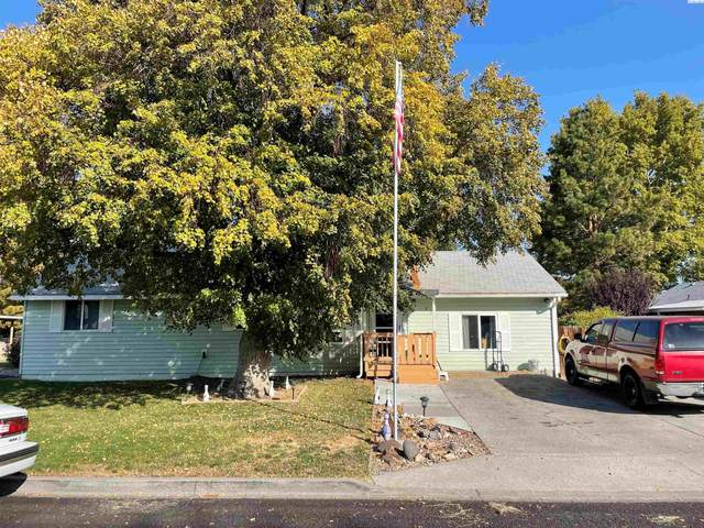 802 W 42nd Ave, Kennewick, WA 99337 (MLS #257318) :: Cramer Real Estate Group