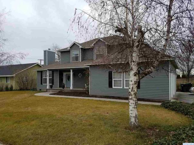4487 Northlake Drive, West Richland, WA 99353 (MLS #226705) :: Premier Solutions Realty