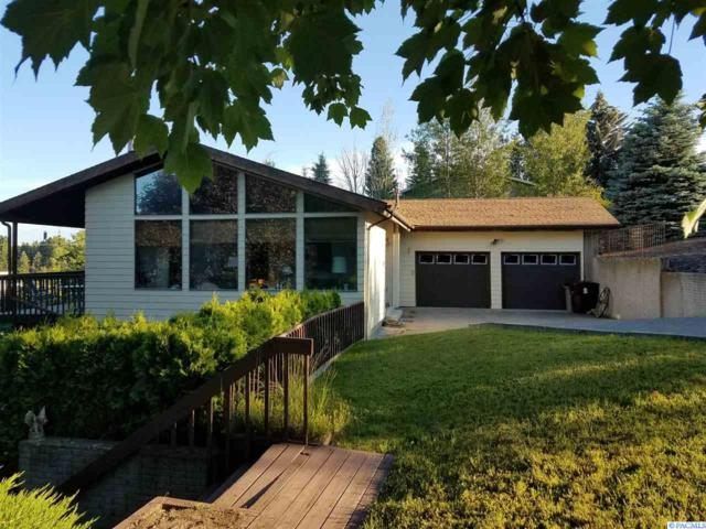 325 SW Mountain View, Pullman, WA 99163 (MLS #230477) :: Premier Solutions Realty