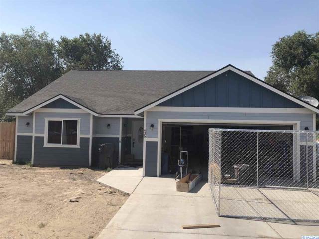 436 E Edison, Connell, WA 99326 (MLS #231229) :: The Lalka Group