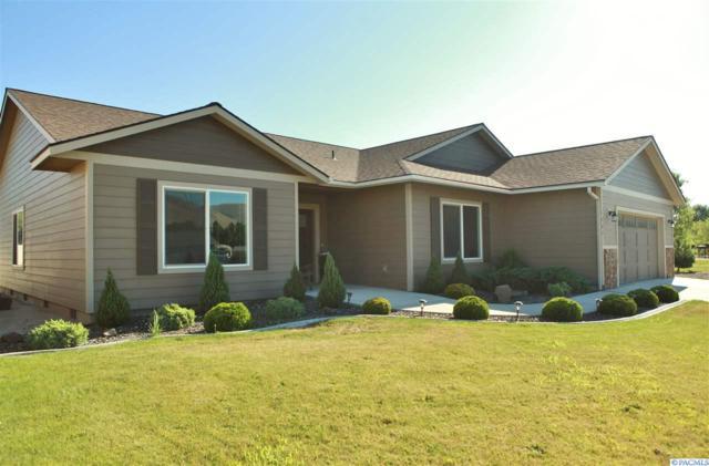 1400 Willow Way, Benton City, WA 99320 (MLS #231464) :: PowerHouse Realty, LLC