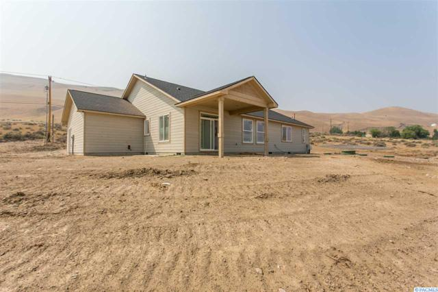 17504 W Yakitat Pl, Benton City, WA 99320 (MLS #231854) :: The Lalka Group