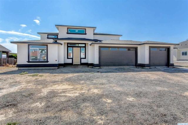 104305 E Tripple Vista Drive, Kennewick, WA 99338 (MLS #232300) :: The Lalka Group