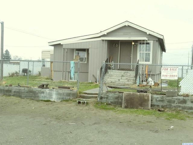 903 S Lindsay, Pasco, WA 99301 (MLS #233581) :: Community Real Estate Group