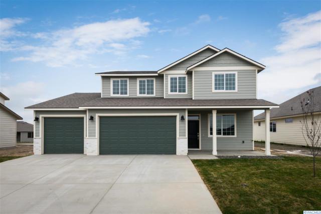 4424 Sumas Lane, Pasco, WA 99301 (MLS #234212) :: Community Real Estate Group