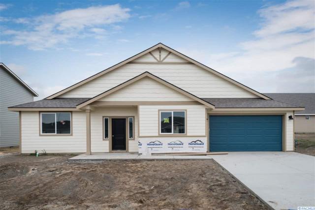 4504 Sumas Lane, Pasco, WA 99301 (MLS #234213) :: Community Real Estate Group